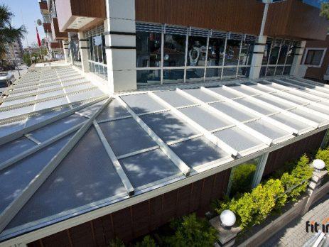 Fit in Generalni zastupnik kompanije Lib Art, svetskog lidera u proizvodnji pokretnih krovova i konstrukcija